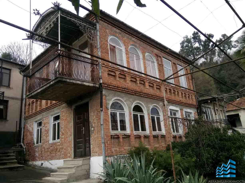 2-этажный жилой дом в районе Турбазы.
