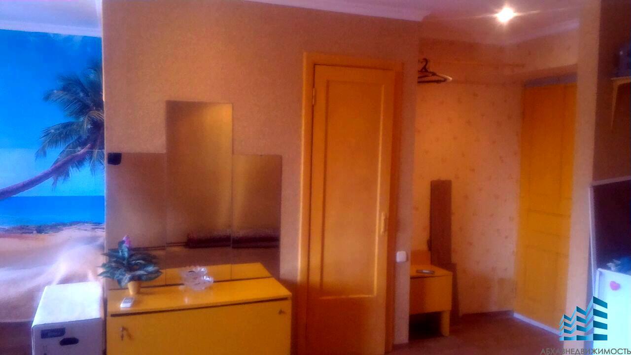 1-комнатная квартира в центре Гагры за 900 тыс.руб.