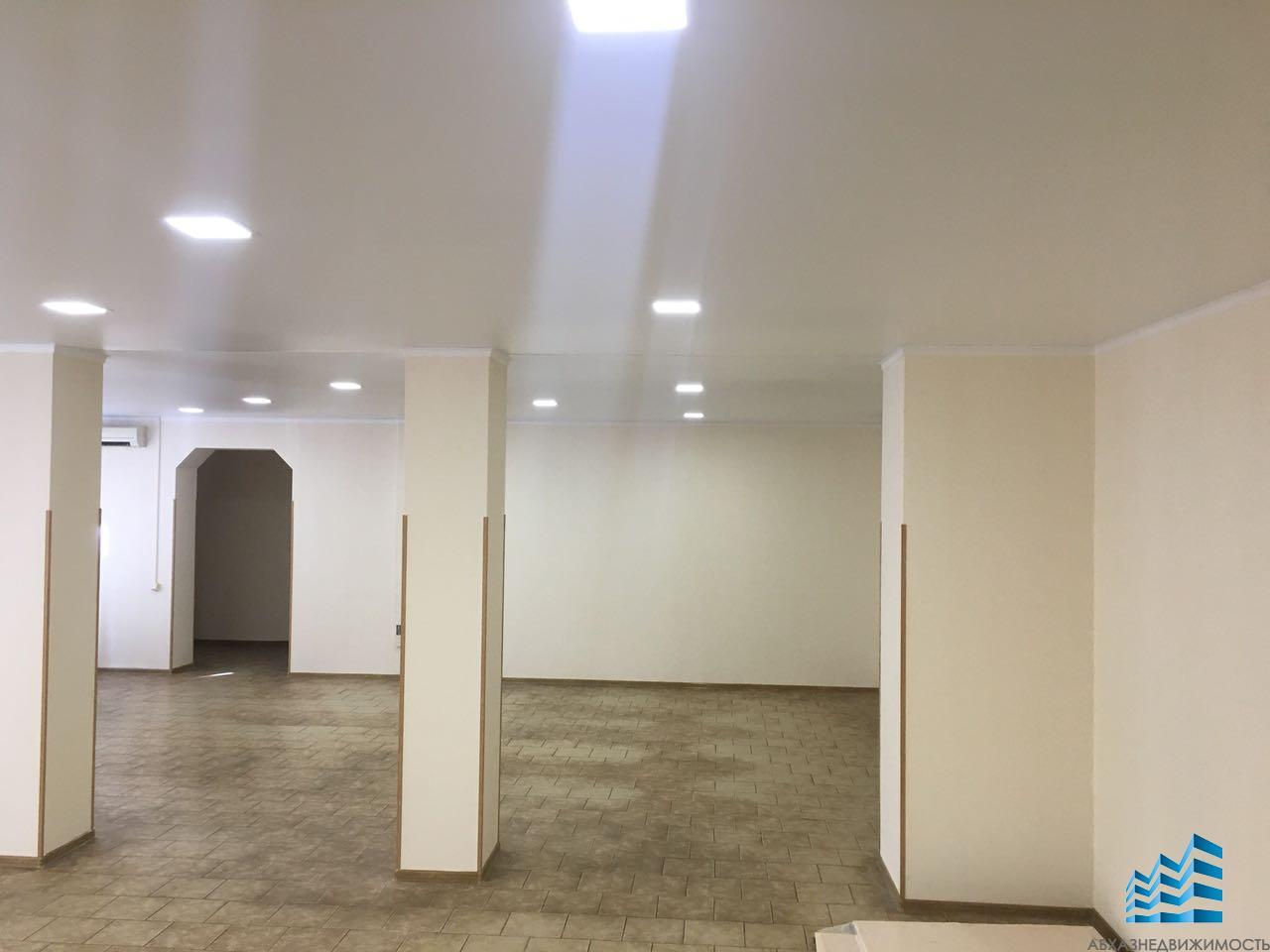 Помещение 124 кв.м.в аренду в центре Сухума, район часов