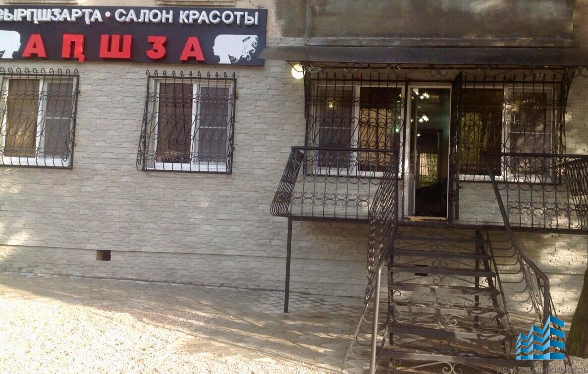 Сдается процедурный кабинет и места на стрижку в салоне Апшдза