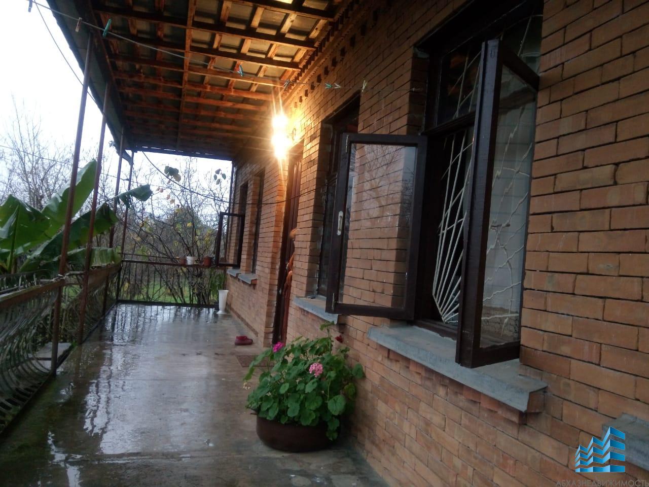 Жилой кирпичный дом с в с.Хыпста за 4,2 млн.руб