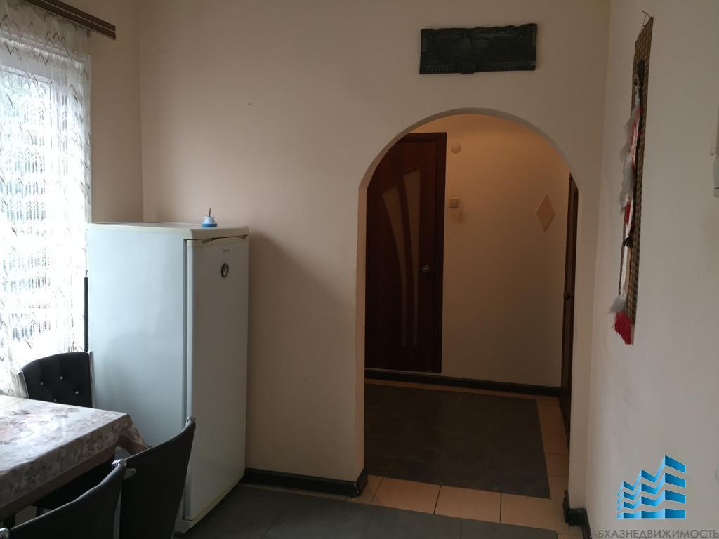 2-комн. квартира в центре Сухума в аренду