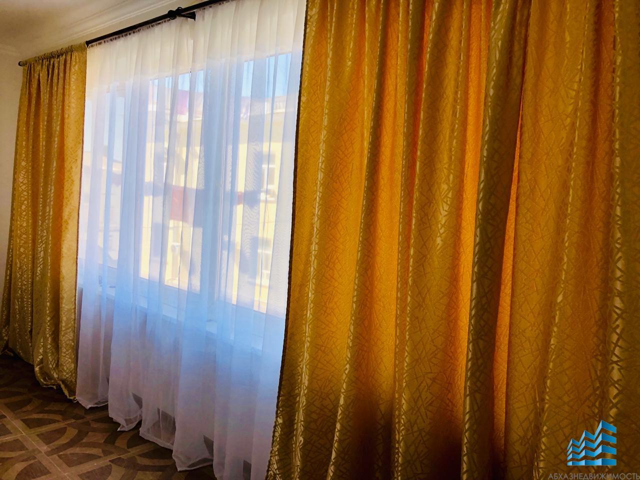 3-комнатная квартира в центре Сухума в аренду