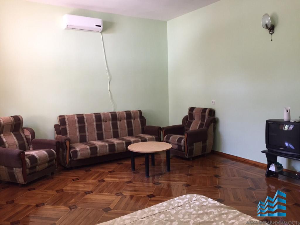 1-комнатная квартира 45 кв.м. в центре Сухума