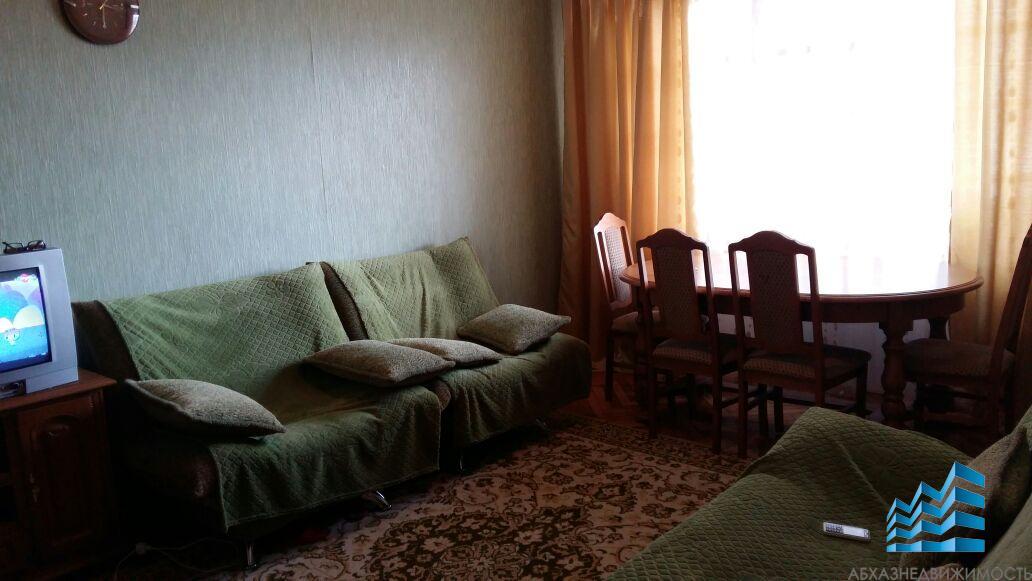 Сдается 2-х комнатная квартира в г.Гудаута