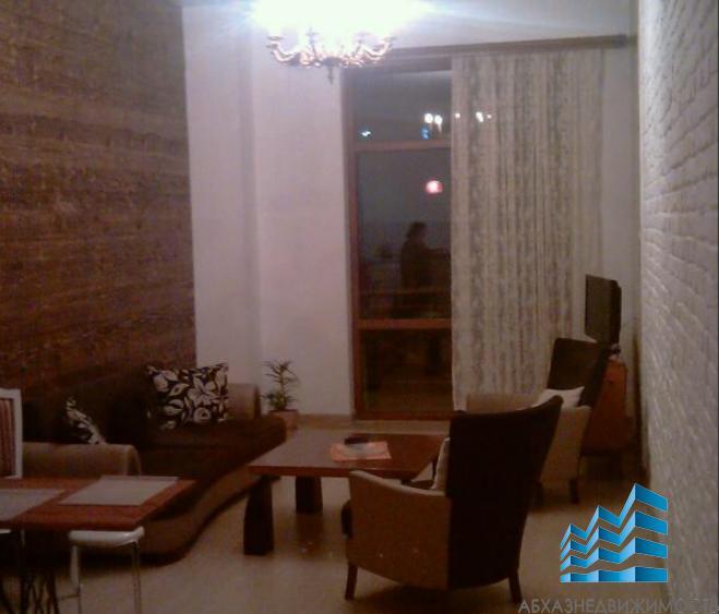 2-комнатная квартира с ремонтом на длительный срок