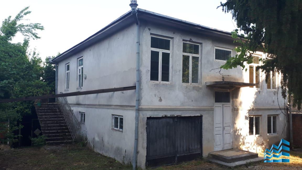 Дом из 8ми комнат на участке 11 соток