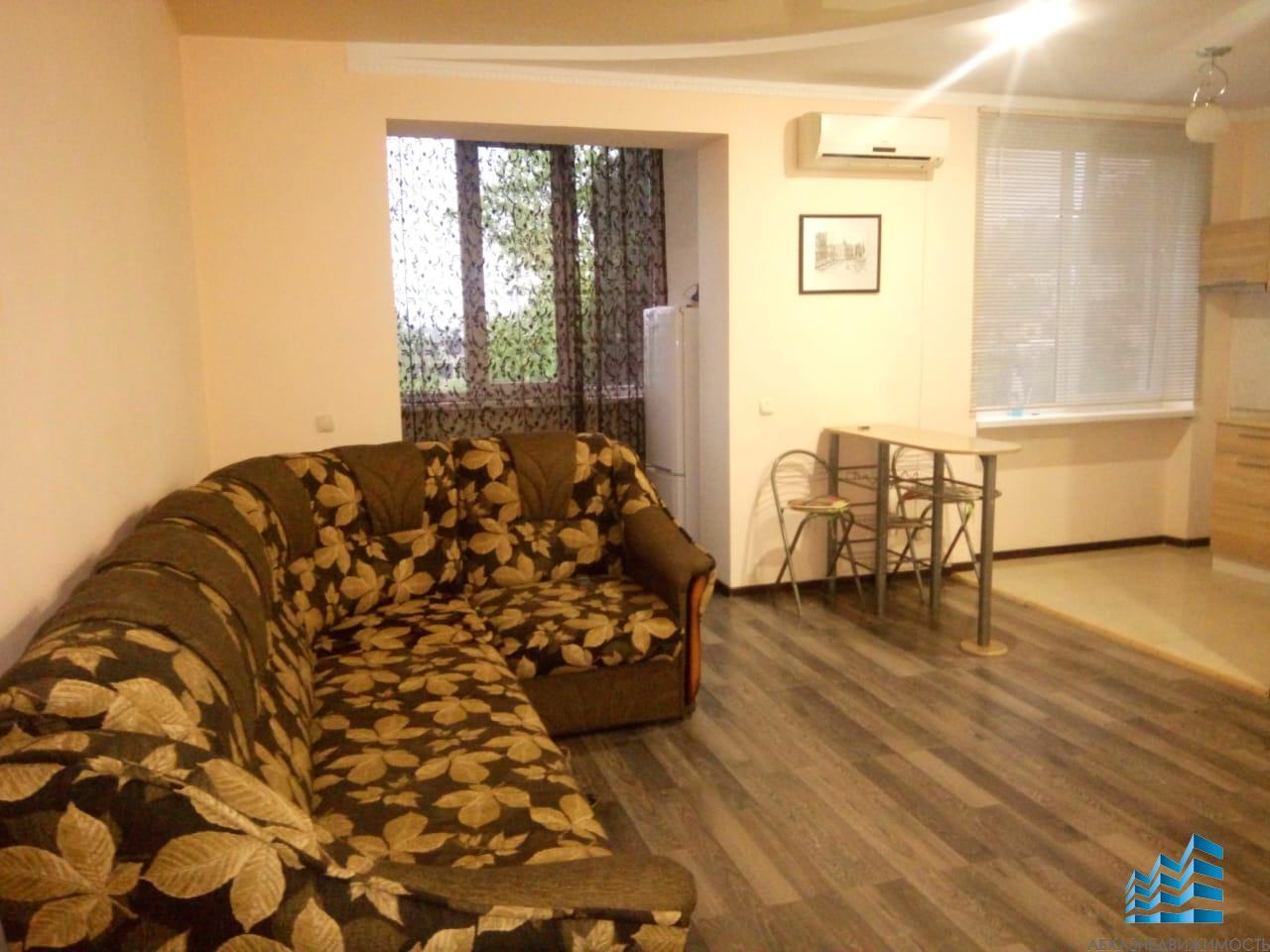 1-комнатная квартира на Турбазе в аренду 6/8 этаж