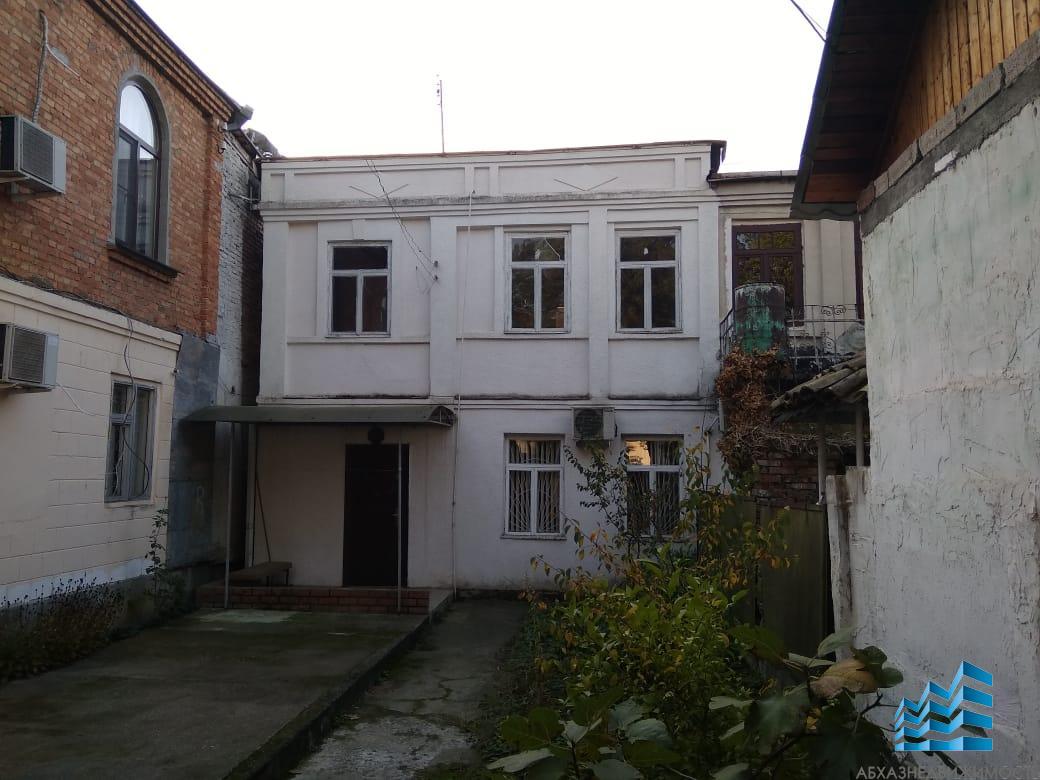 Дом в центре Сухума за 3,9 млн.руб