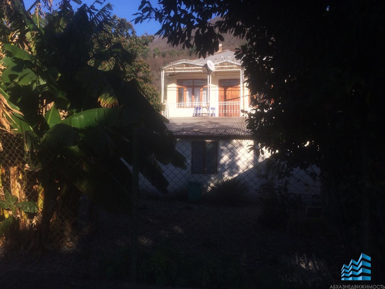 Дом в центре Гагры в пяти минутах от моря
