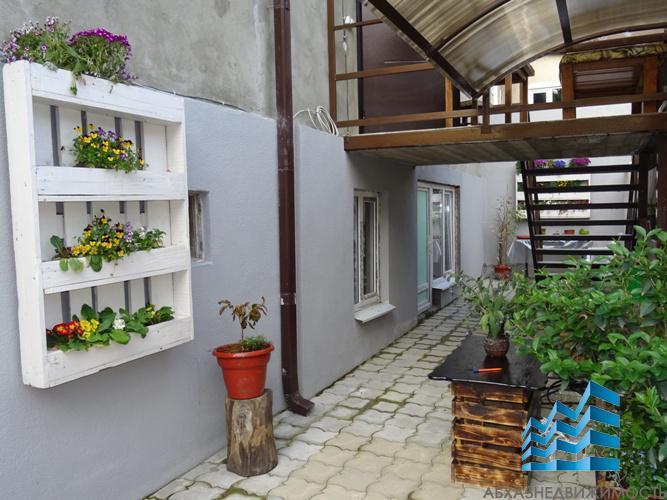 Дом в аренду в центре Сухума