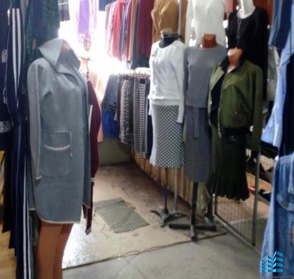 Помещение под магазин на рынке