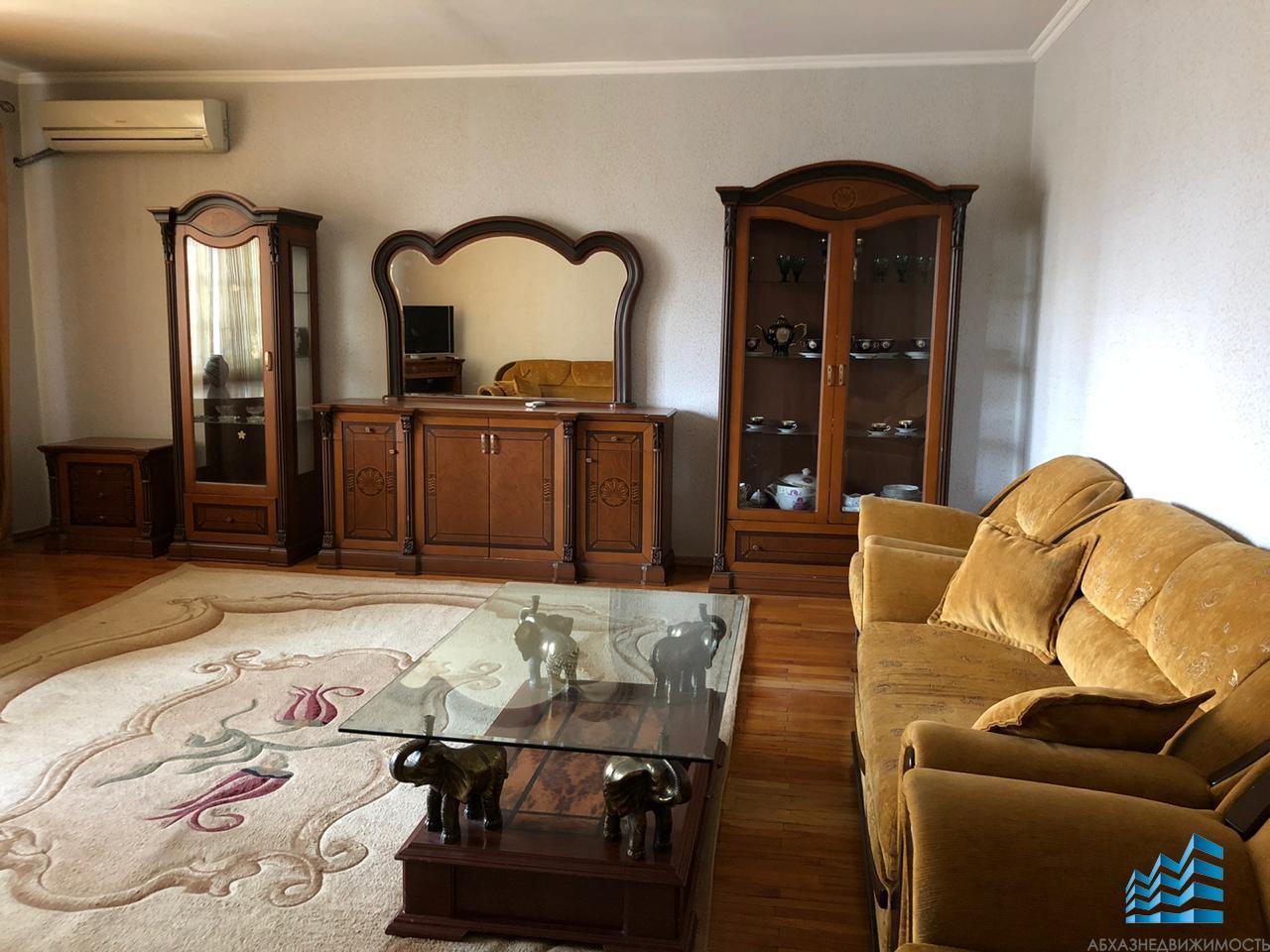 2-комн.квартира в центре за 25 тыс.руб