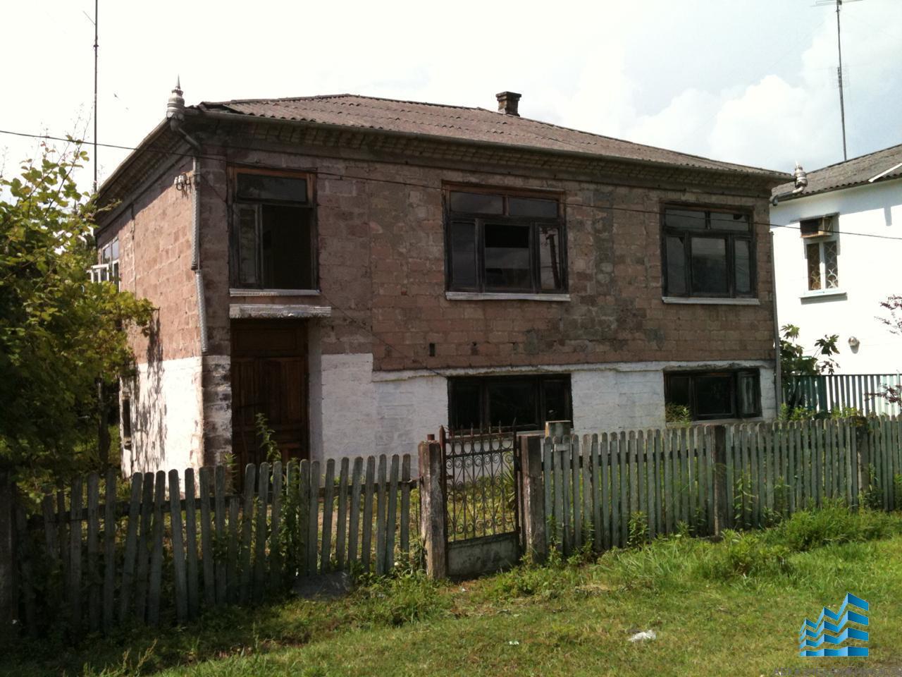 Дом в Очамчире за 1 млн.руб