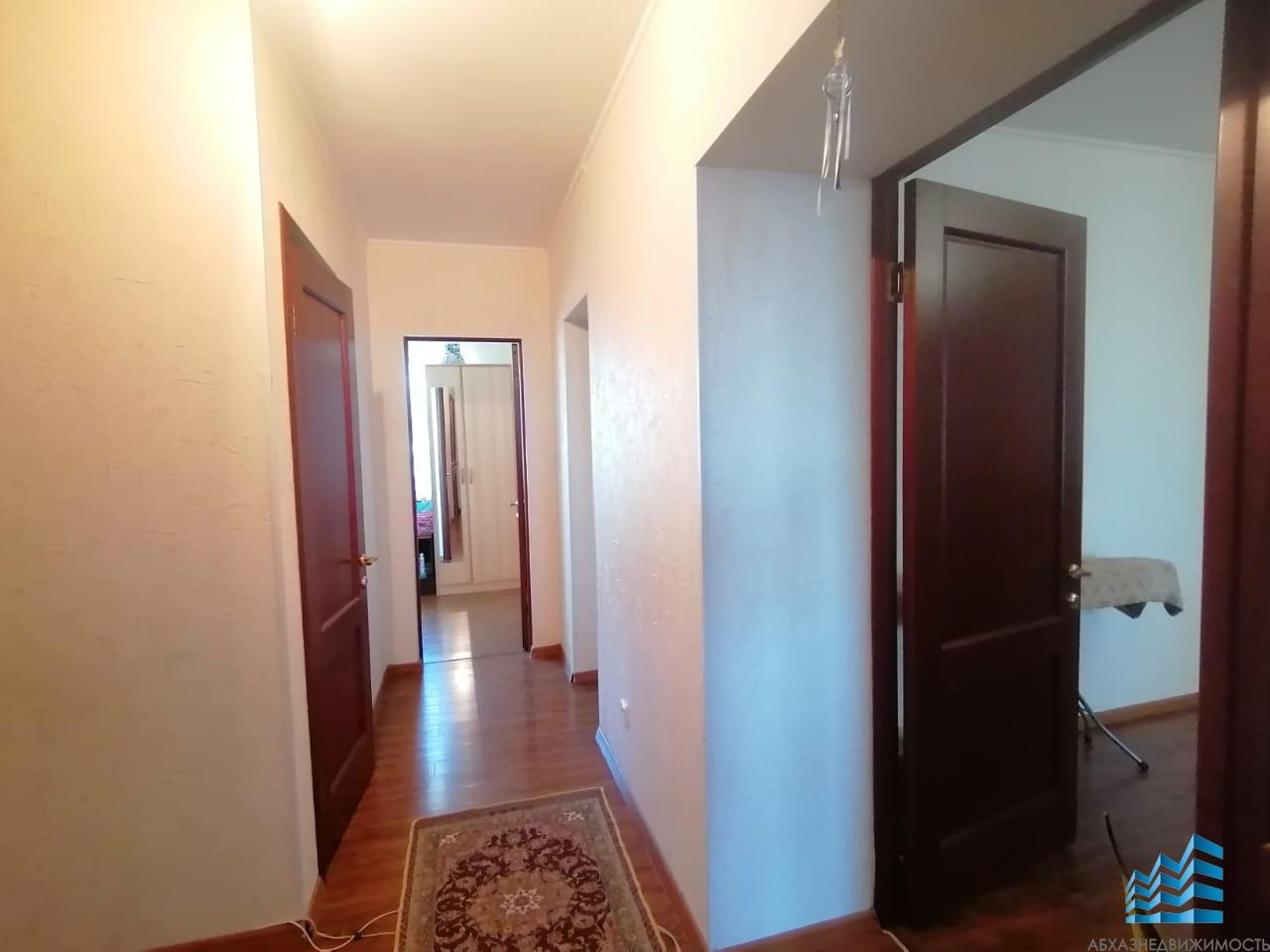 4-х комнатная квартира в Сухуме