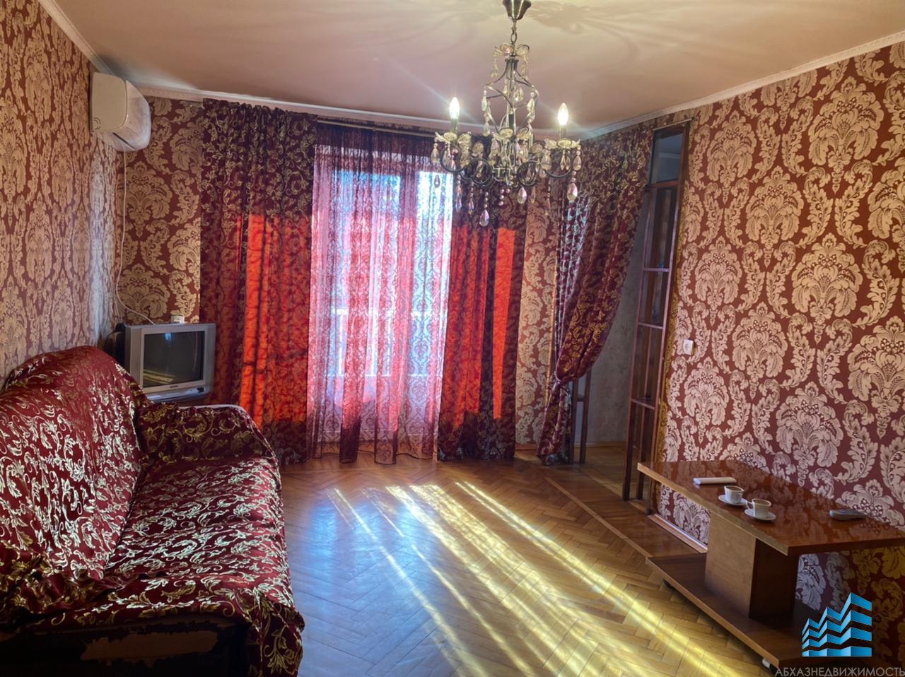 219. 2-х комн. квартира г. Сухум, район Турбаза