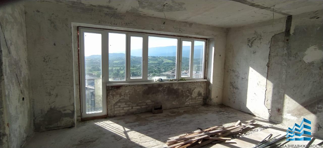 378.3-комн. квартира в Сухуме на Новом районе за 1,2 млн.