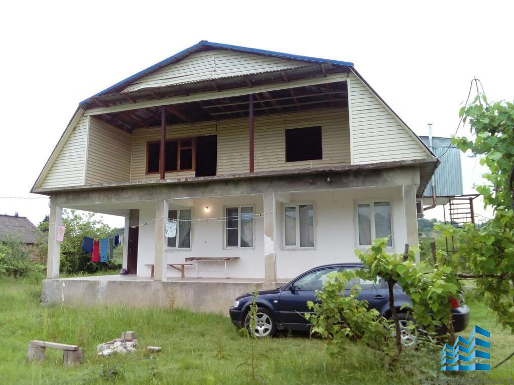 570. Бельэтажный дом в с.Барановка