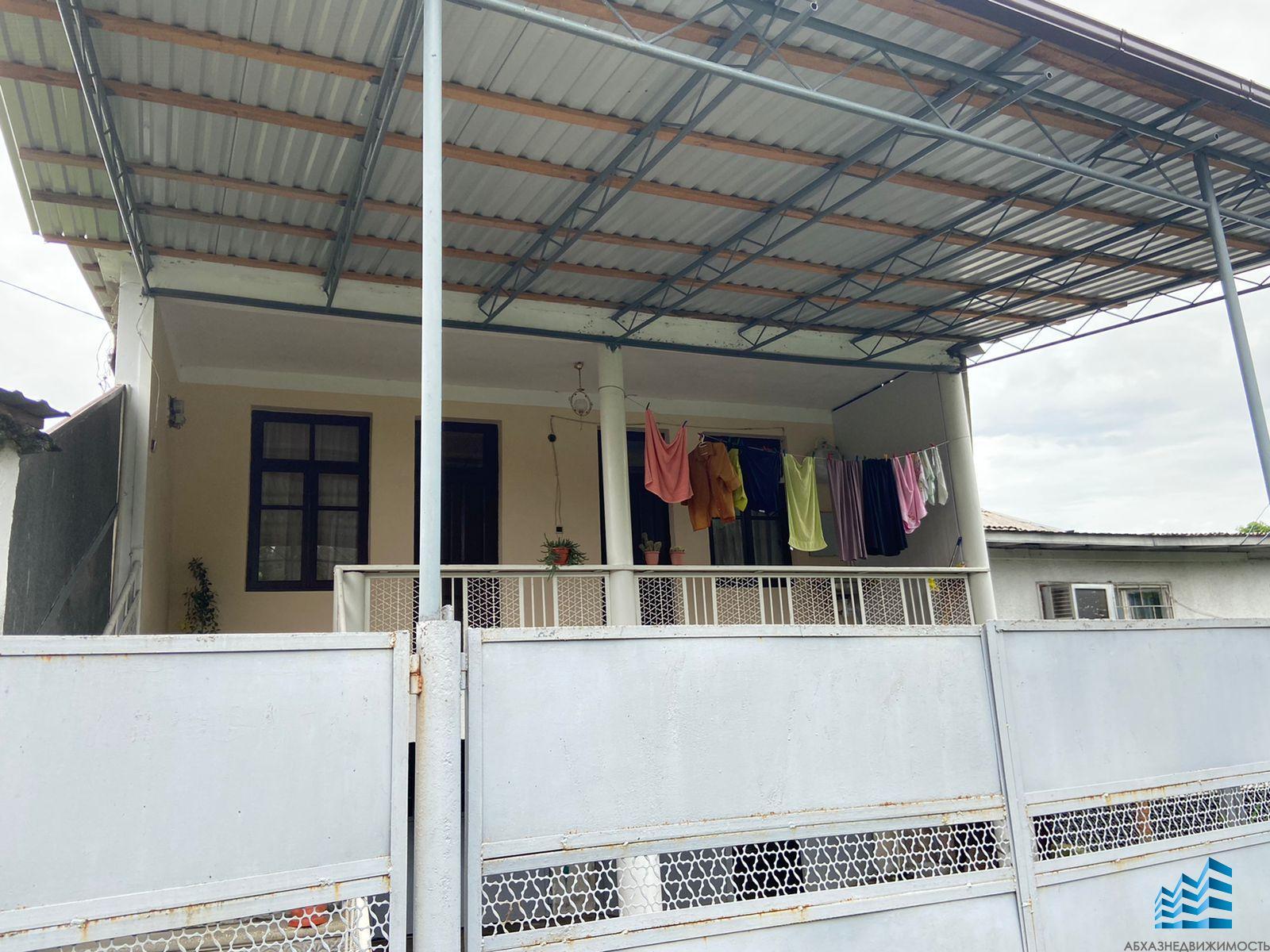 538. Двухэтажный дом в Гагре